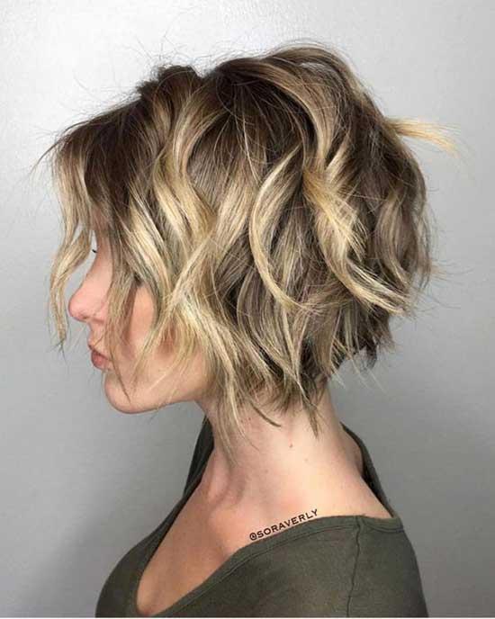 Cute Wavy Bob Haircuts-17