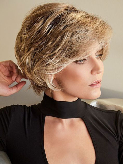 Elegant Cute Short Thick Hairstyles-19