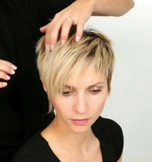Cute Stylish Pixie Cuts-20