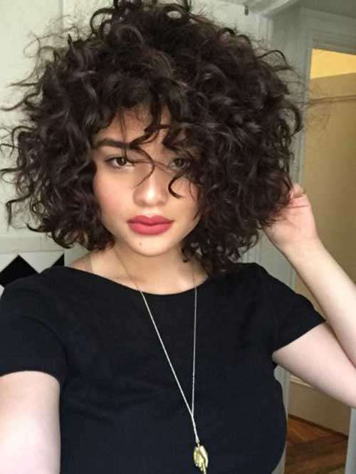Cute Short Thick Curly Hairstyles-8